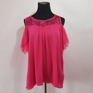 NWT UMGEE lace cold shoulder pink top size medium